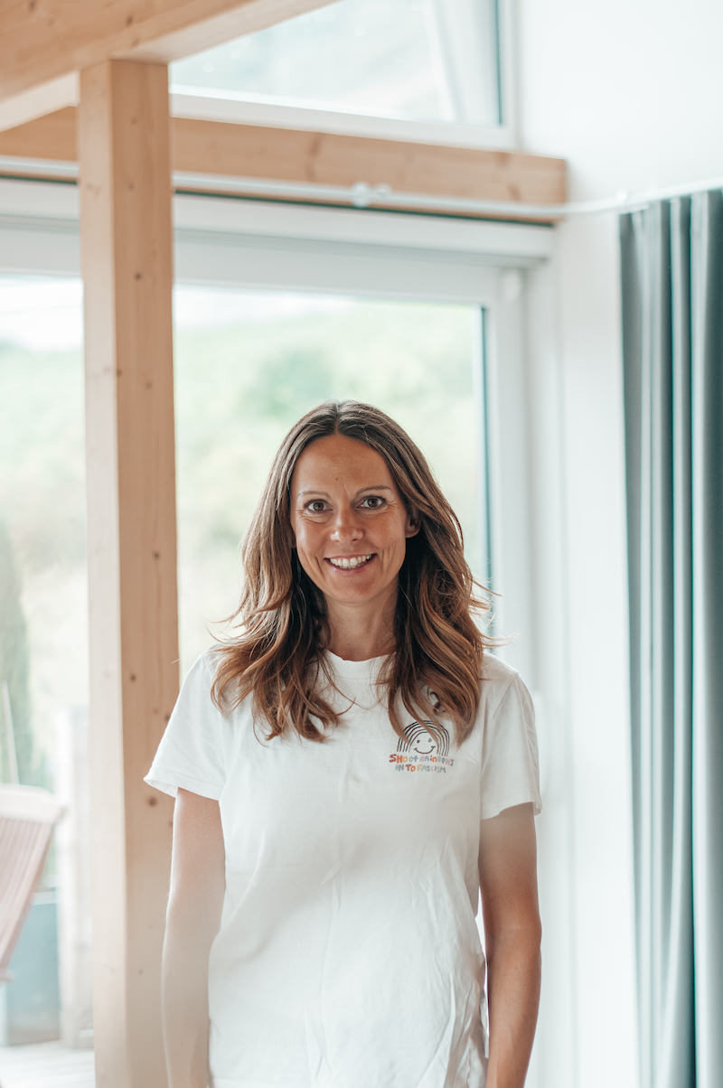 Ferienhaus Mosel Chalets Onlinemarketing Managerin Jessica Teambild